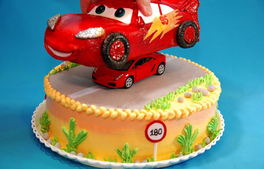 Как украсить торт для мальчика, Торт на день рождения 71